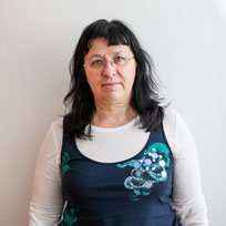Доц. д-р Магдалена Елчинова